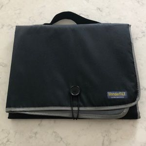 WonderFILE portable workstation
